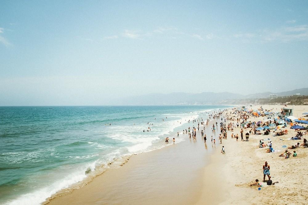 Da li je lakše dobiti koronu na moru ili u Srbiji? Dr Stevanović otkriva da li je pametno sada IĆI NA LETOVANjE