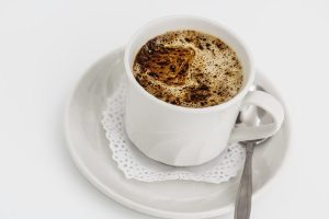 Šta se desi kada popijemo sodu bikarbonu i kafu: evo kako organizam reaguje na ovaj čudotvoran napitak!