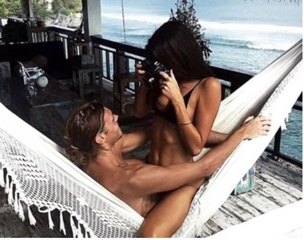 Anastasija fanovima raspalila maštu golišavom fotografijom!