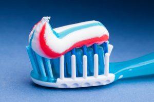 Šta znače tri boje u pasti za zube?