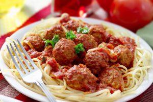 Recept dana: Špagete sa ćuftama