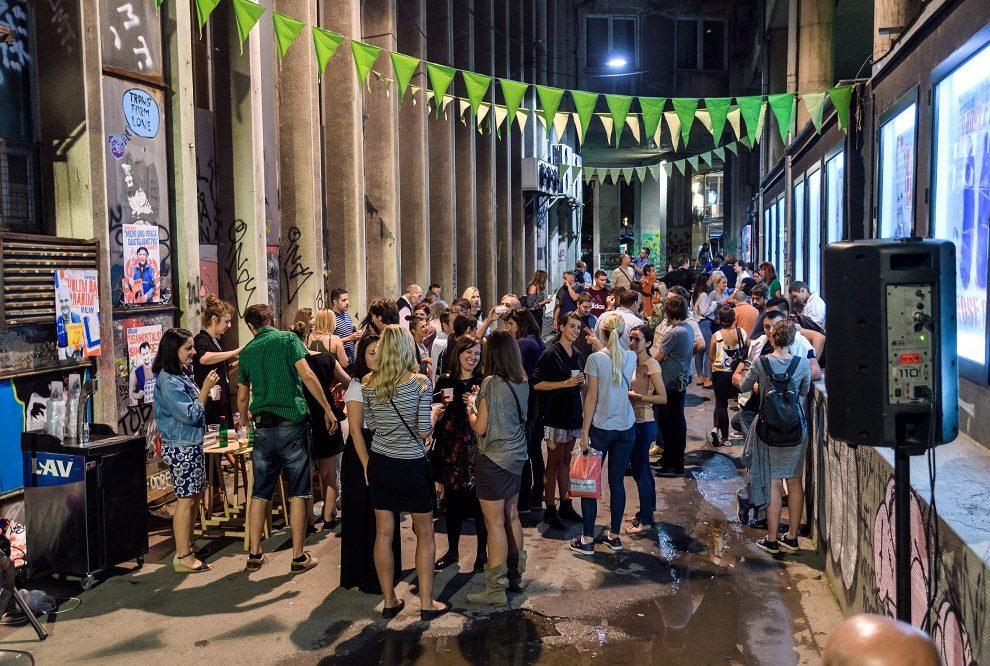 Veče umetnosti i emocija u Uličnoj galeriji, Javne ličnosti podržale Liceulice