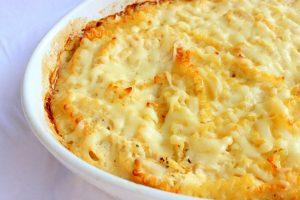 Recept dana: Pica od makarona i pečuraka