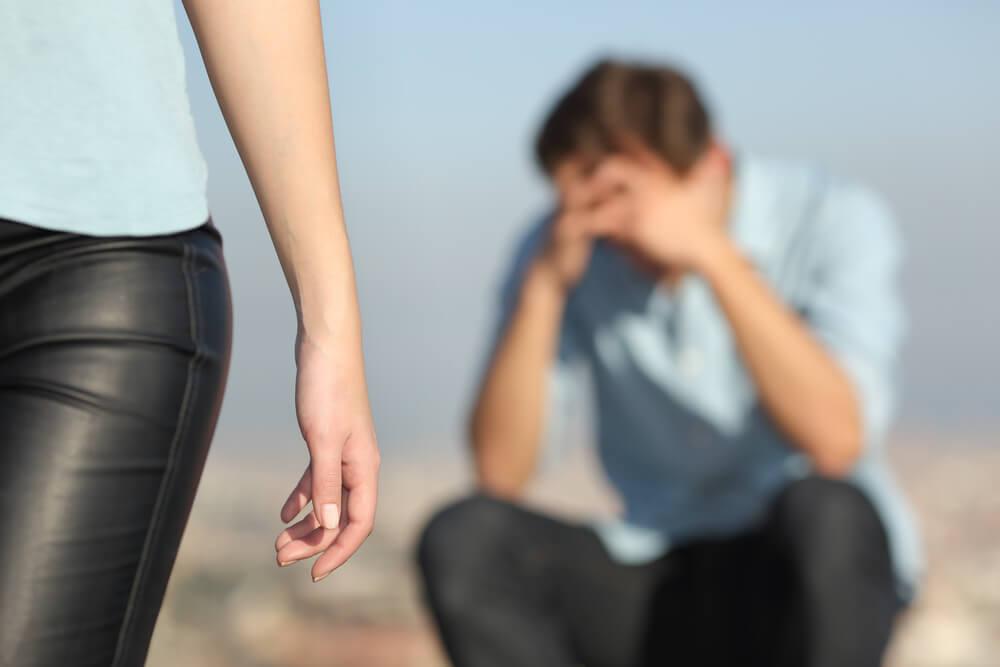 Naučnici otkrivaju zašto patimo kada nas voljeni ostave!