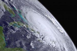 Uragan Ofelija se kreće ka Evropi, prvi posle 56 godina!