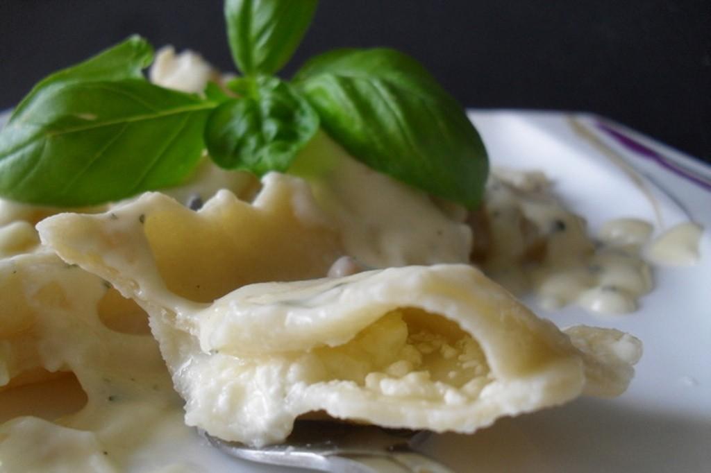 Predlog za ručak: Raviole sa sirom u sosu