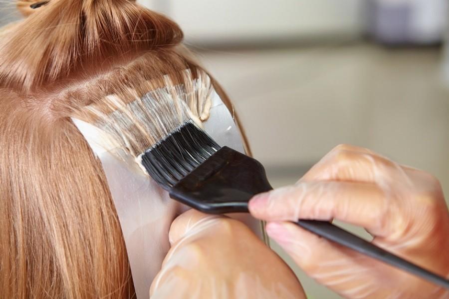 Oprezno sa farbanjem kose u toku TRUDNOĆE!!