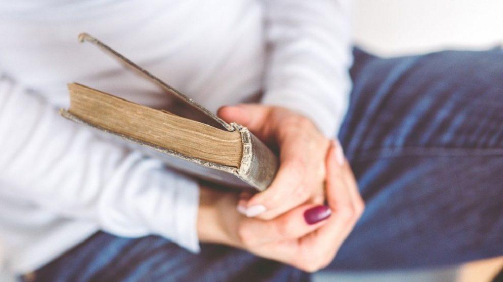 10 travel knjiga koje će vam promeniti život!