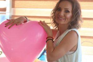 Poznata voditeljka ružičaste televizije proslavila svoj rođendan!