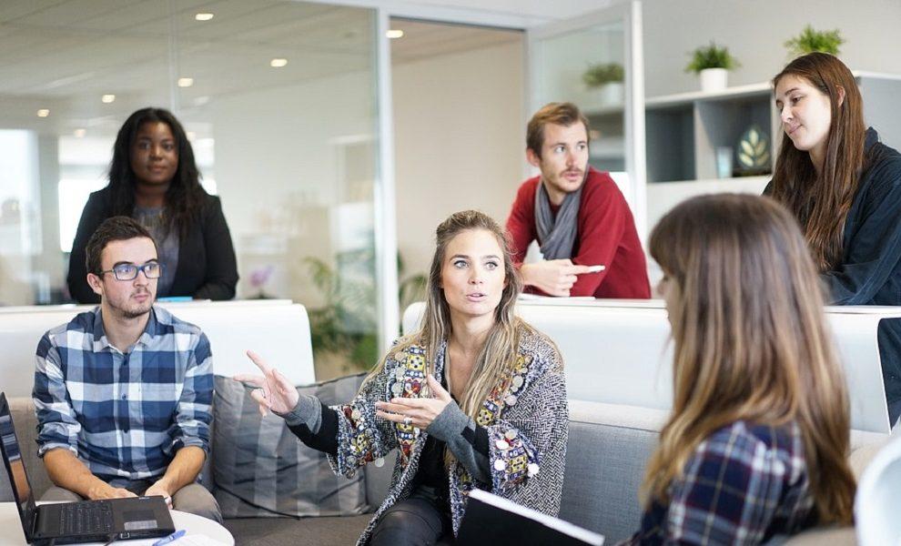 Kako da se izborite sa osobom na poslu koja konstantno drami oko svega?