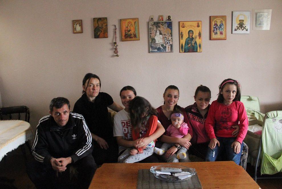 Porodici Stojanović sa Kosova hitno potrebna pomoć