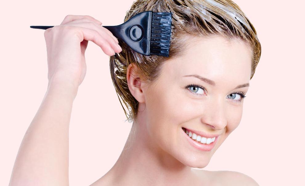 Veoma važne stvari koje treba da znate ako farbate kosu