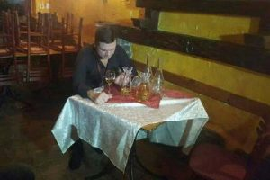 Dragi Domić ljubavne jade leči u kafani! (FOTO)