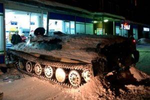 Pijani Rus ukrao i slupao oklopno vozilo