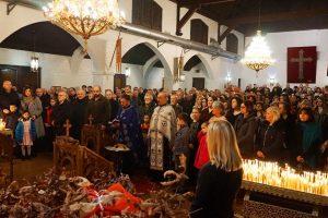 OVAKO su Srbi u dijaspori dočekali Badnje veče i Božić!
