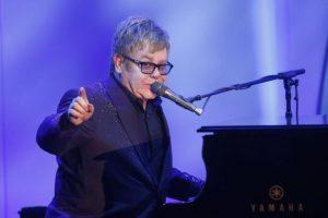 Elton Džon najavio da će mu predstojeća turneja biti poslednja