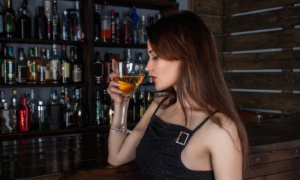 Ako vodite računa o kalorijama, a volite da se opustite uz neko piće – birajte ova pića!
