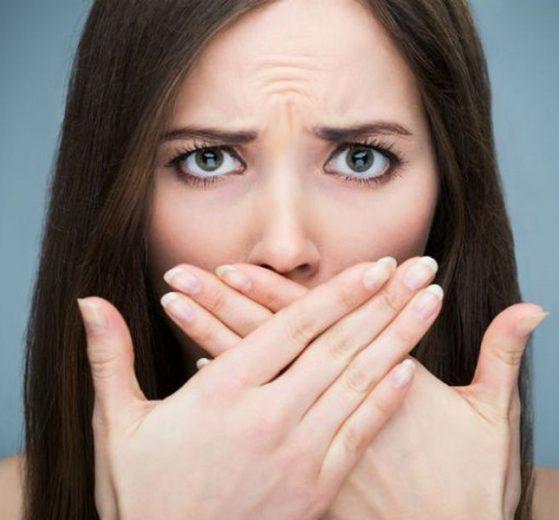 ZNAK UPOZORENJA! Ukoliko imate problema sa ZADAHOM, nisu u pitanju samo zubi, UZROK može biti OPASNIJI!