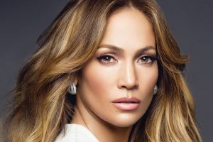 VERIDBA: Dženifer Lopez nije uspela da sakrije od paparaca OGROMAN PRSTEN
