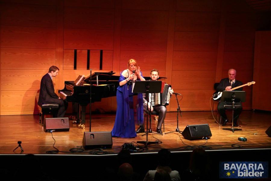 Jasna Đokić priredila spektakl u Minhenu! Uspešan koncert na Danima Balkana.