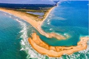 """Nestalo prelepo ostrvo koje se prošle godine pojavilo """"preko noći"""" (VIDEO)"""