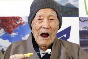 Japanac od 112 godina zvanično najstariji čovek na svetu (VIDEO)
