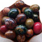 Uskrs i Farbanje jaja u vinu: Tehnika koja će vas oduševiti!tradicija