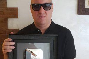 Srebrna plaketa za Sašu Matića! (FOTO)