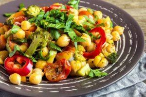Proteinska salata: Rijanin omiljeni obrok ne košta mnogo, a veoma je hranljiv