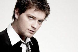 Popularni makedonski pevač Vlatko Ilievski pronadjen mrtav u automobilu