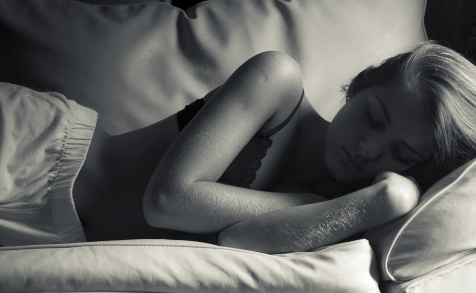 """Šta je """"segmentirano"""" spavanje i da li vam ono koristi ili šteti?"""