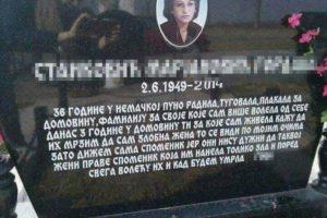 SAMO U SRBIJI! Na svoj spomenik PRED SMRT uklesala JEZIVU PORUKU PORODICI!