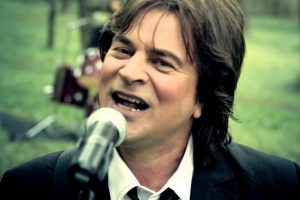 Alen Islamović pokazao Leskovčanima da rok muzika i roštilj idu zajedno