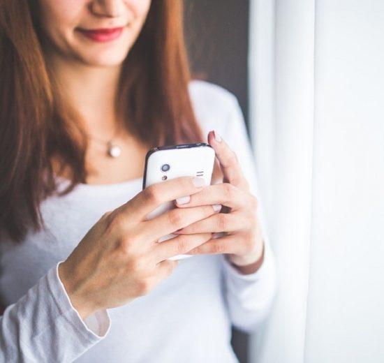 ČETIRI poruke koje nikada ne smete da pošaljete bivšem partneru