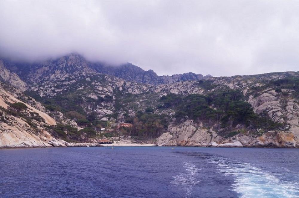 Ovo ostrvo se dva puta godišnje otvara za turiste