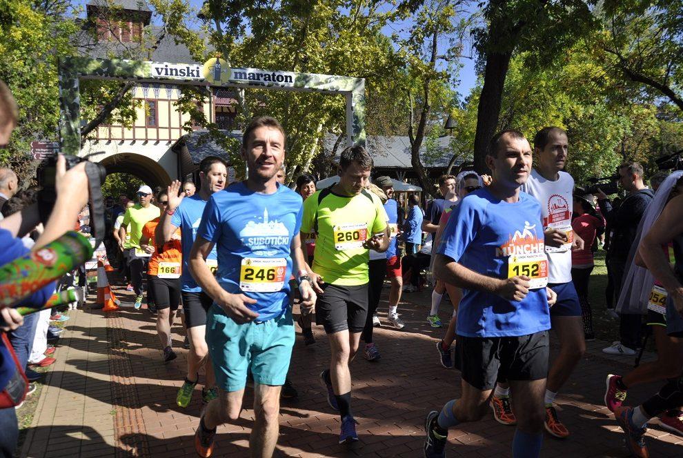 Trkači iz raznih krajeva sveta na Vinskom maratonu