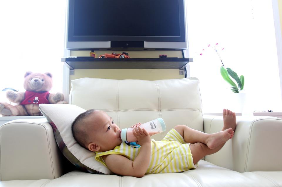 Ojačajte imunitet deteta prirodnim vitaminima i mineralima: Saveti pedijatra-nutricioniste za pravilnu ishranu
