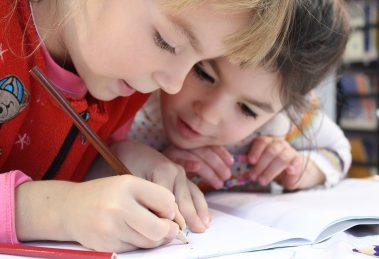Roditelji pružite DECI podršku za UČENJE i dobre ocene će se nizati...