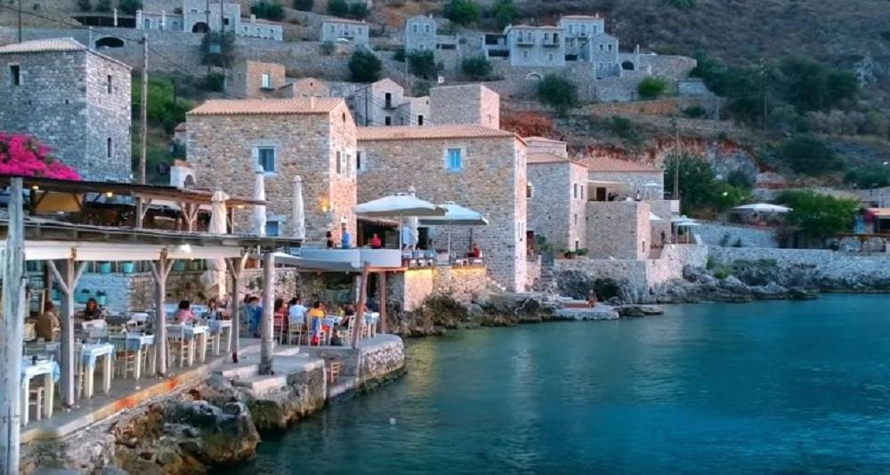 Na obali grčkog mora trebali bi posetiti ovo tradicionalno selo