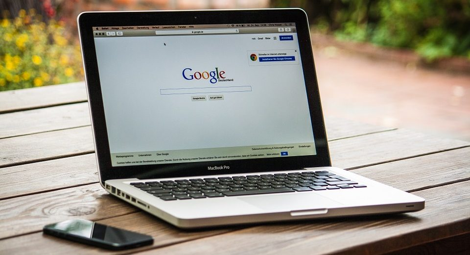 MOŽE DA BUDE I OPASNO: Ove stvari NIKADA nemojte da pretražujete na Guglu!