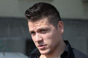 Sloba Radanović tri sata saslušavan u policiji, izašao besan, hvatao se za glavu