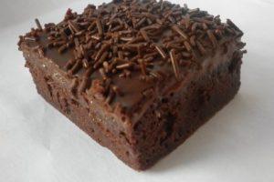 Za 20 minuta napravite brzu, neodoljivu, čokoladnu poslaticu
