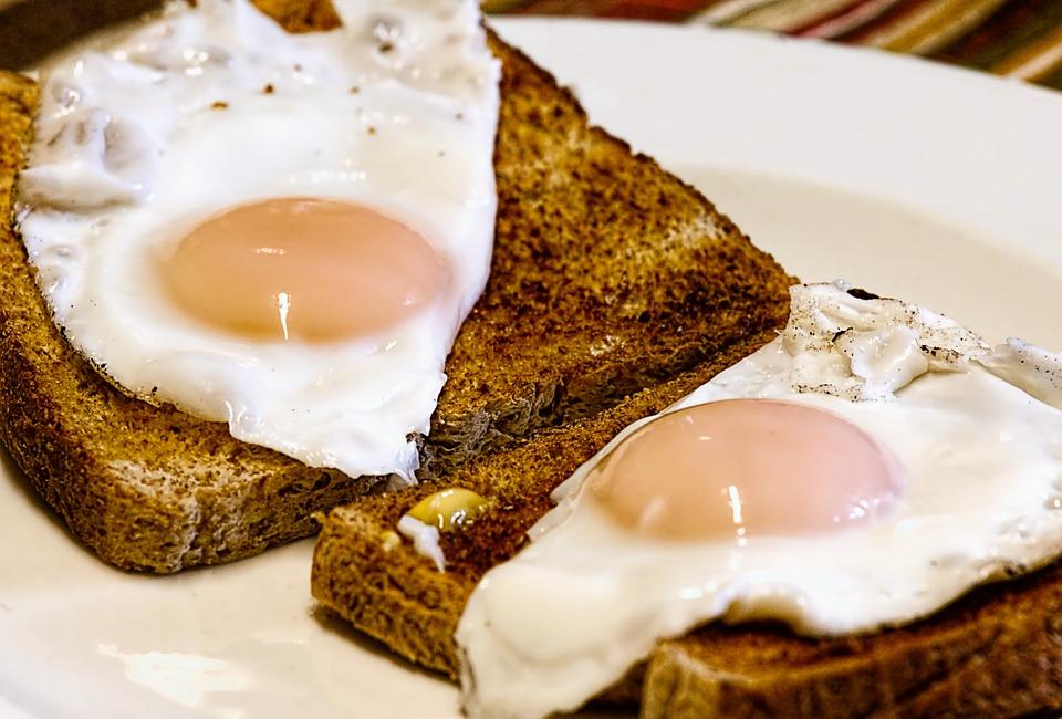 Koliko zaista možemo pojesti jaja a da ne brinemo o holesterolu?