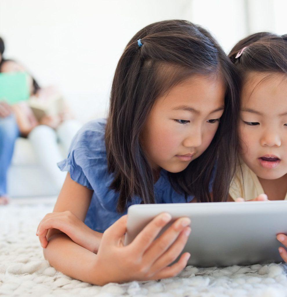 Upotreba tableta duže od dva sata može da utiče na mozak dece