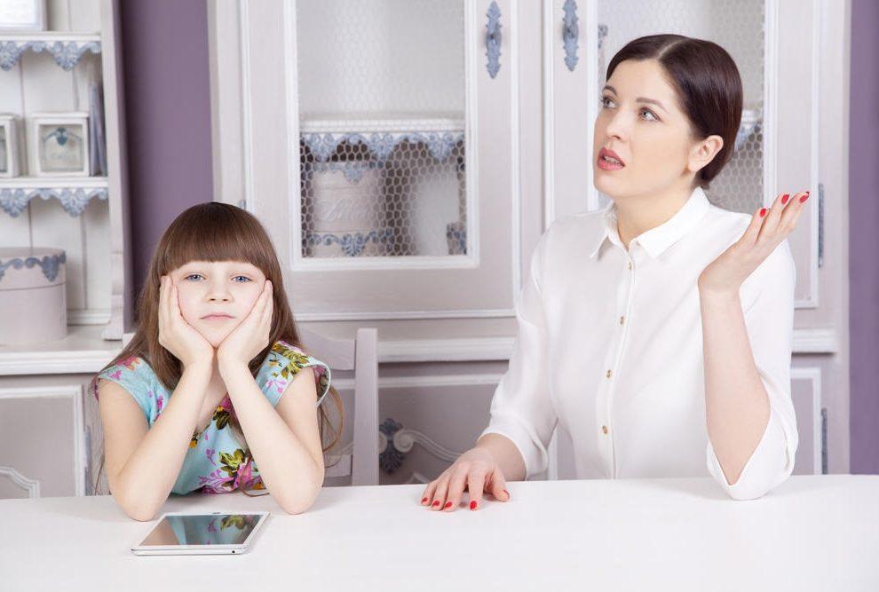 PREPOZNAĆE SE SVAKA SRPKINJA: 30 rečenica koje ti je majka govorila, a išle su ti na živce