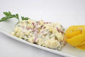 Idealna uz pečenje !!! Salata sa susamom i sirom