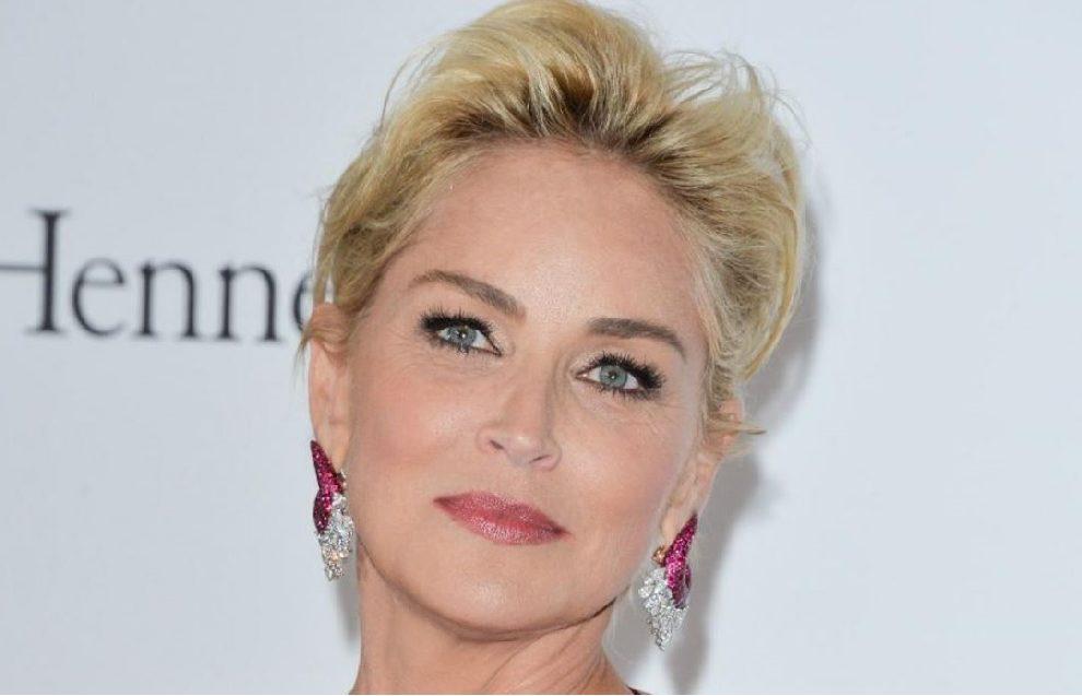 """Sharon Stone """"zapalila"""" naslovnu stranicu čuvenog magazina!"""