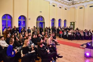 Iznanađenja i emocije na svečanosti Serbia Fashion Avards