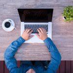 Kako se piše: Lap top ili laptop?