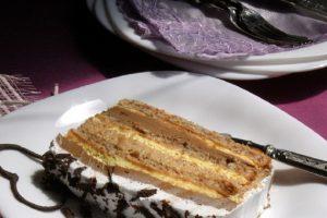Na osnovu savšenih ideja, napravite savštenu slavsku tortu